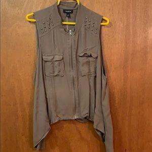 Torrid vest size 1